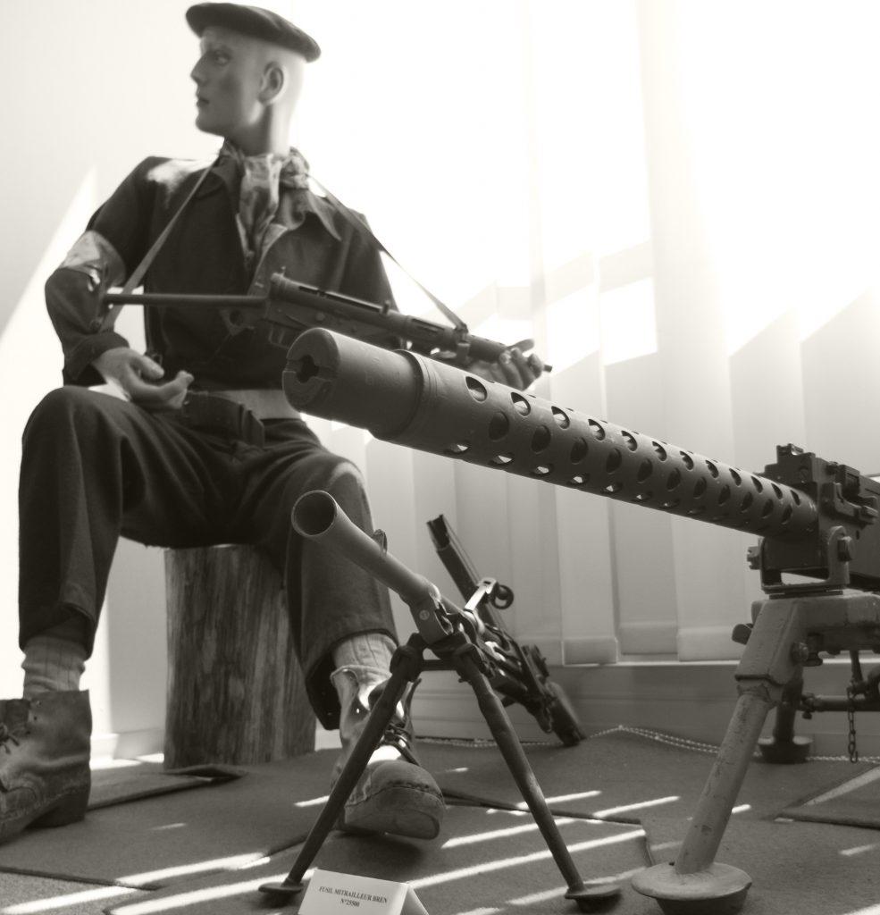 Maquisard et armes